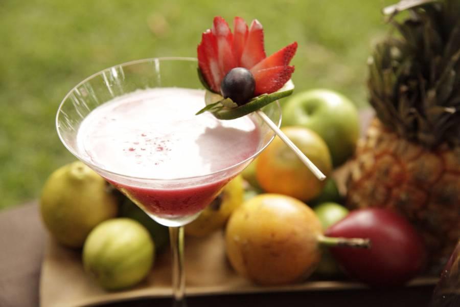 Cócteles de frutas naturales