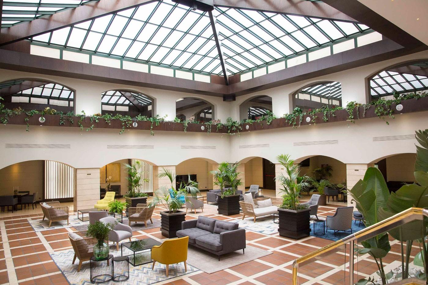Intur Castellón. Hoteles Bodas Castellón de la Plana. Patio interior 1