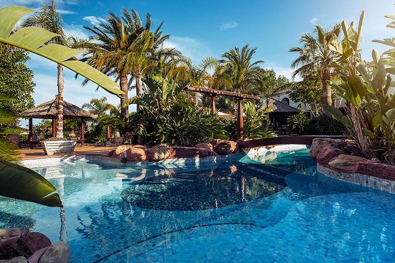 Swiss Moraira. Hoteles Bodas Alicante. Jardines 1