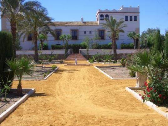 Los Jinetes. Haciendas Hoteles Encanto Sevilla Carmona. Jardines 2