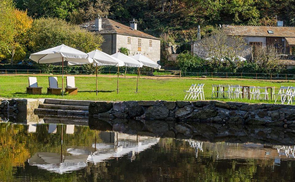 Fervenza Casa Grande y Restaurante Fincas Lugo. Jardines 3