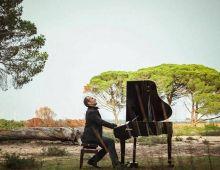 Manuel ButrÓn - Pianista
