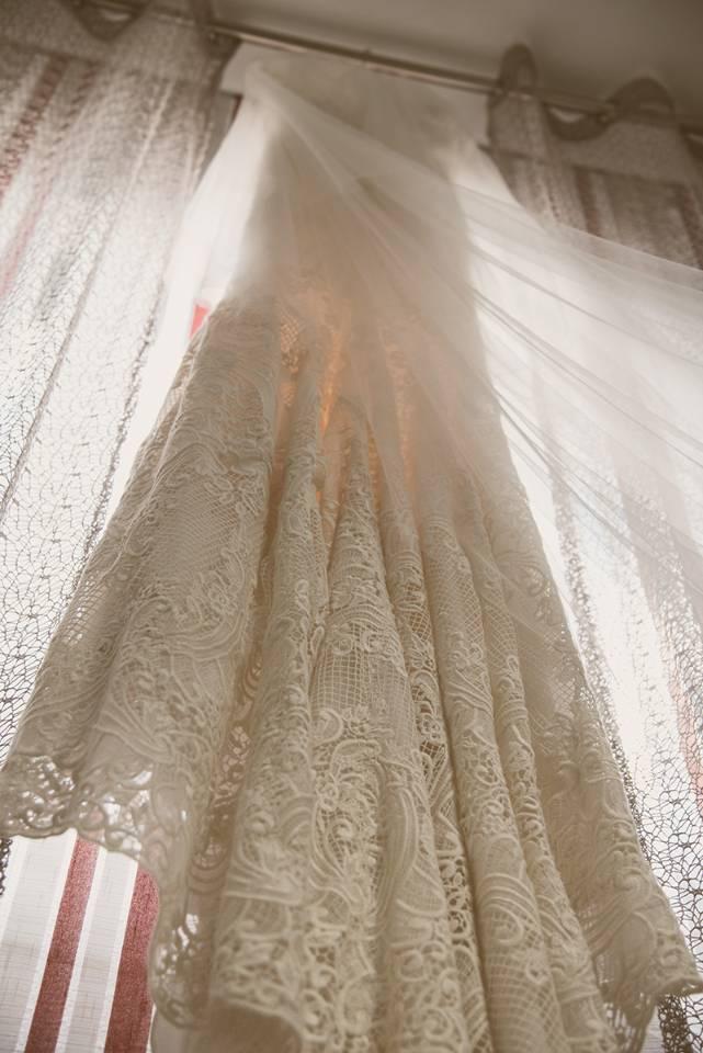 detalles-boda_traje-de-novia_fotografo-de-bodas-badajoz_alberto-lopez-fotografia