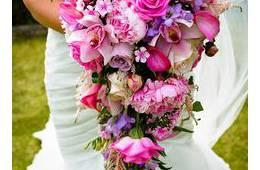 Tipos de bouquet según el vestido de novia