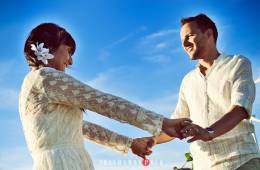 Sorprende a la novia el día de la boda