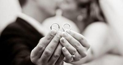 Consejos para elegir tus alianzas de boda