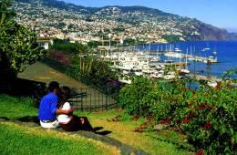 Diez razones para escaparte a Portugal en tu luna de miel