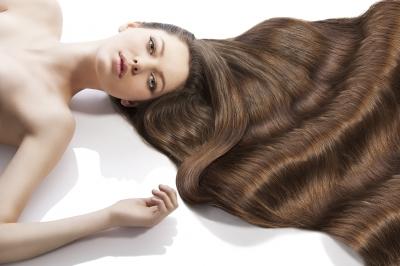 Exfolia y revitaliza tu cabello minutos antes de la boda
