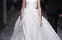 Vestidos de novias inpirados en los 70´s años dorados