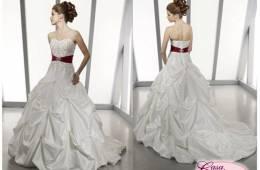 Vestidos de novia con cinturón de colores