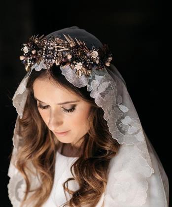 suma cruz tocados novia