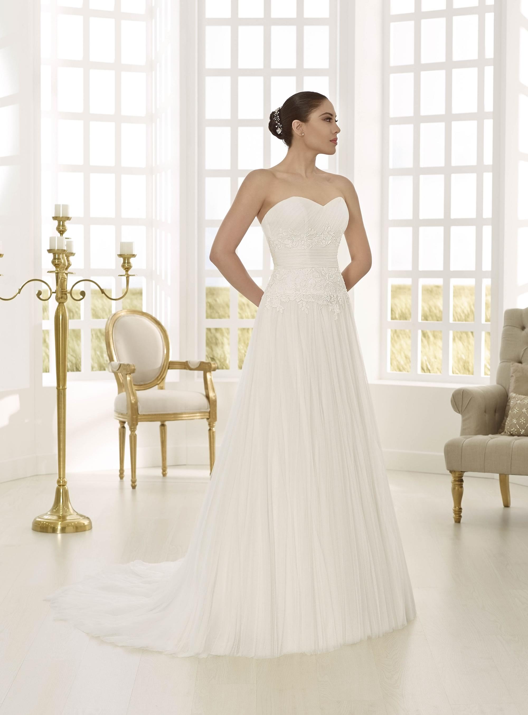 dd4c88ee51 TodoBoda.com - 10 vestidos de novia línea A