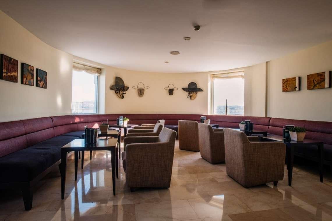URH & Cº HOTELIERS   PALACIO DE ORIOL