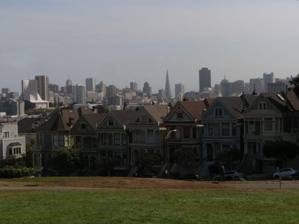 No dejéis de SOÑAR, de soñar en lo bueno que vendrá, en donde estaréis y a donde queréis viajar.La propuesta del día es  San Francisco