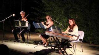Grupo Orpheus - Minuetto & Badinerie- Bach