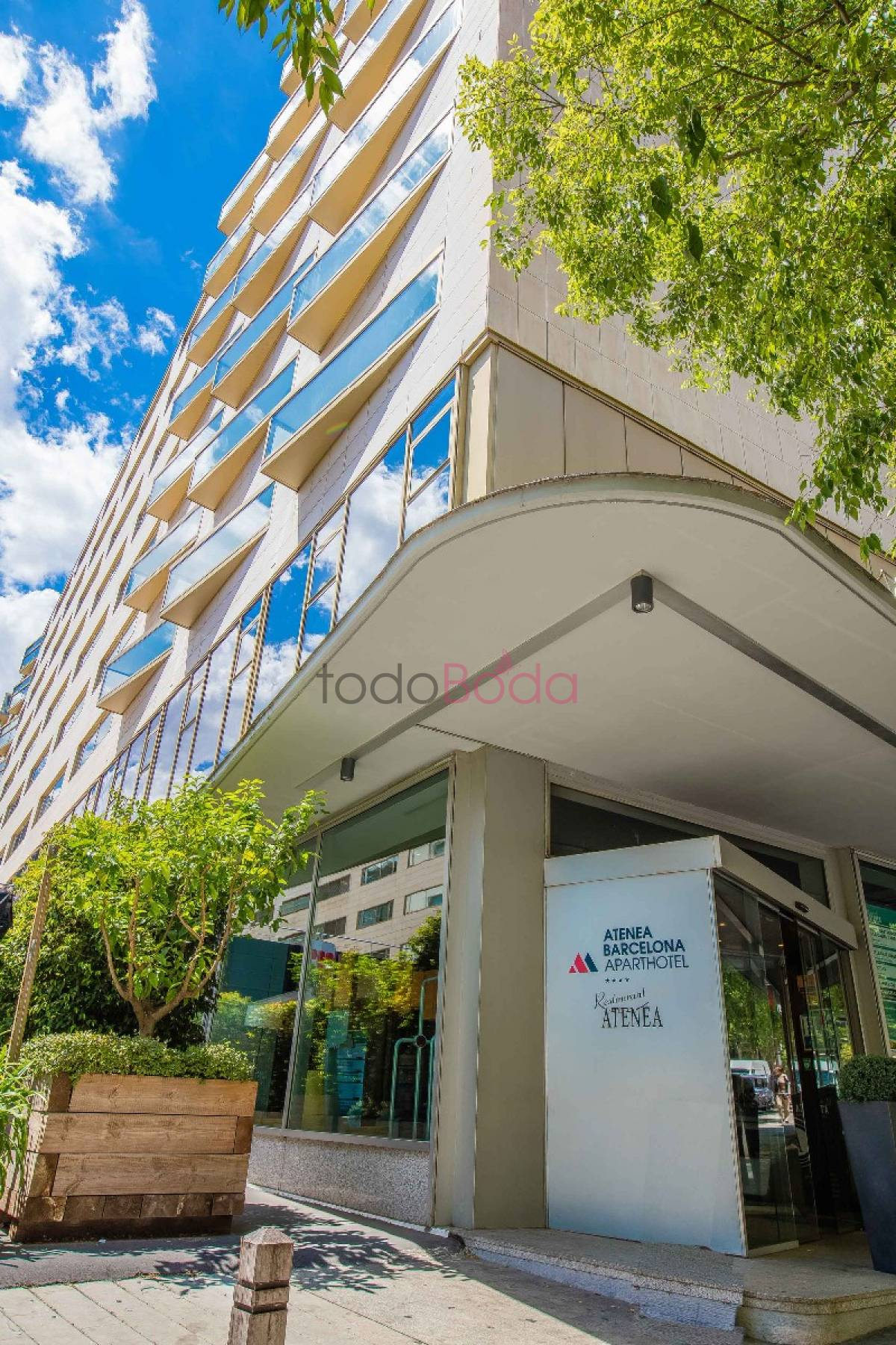 Hotel atenea barcelona for Aparthotel barcellona