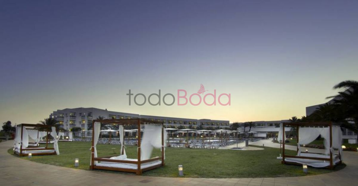 Tu boda en Grand Palladium Palace Ibiza Resort & Spa 14