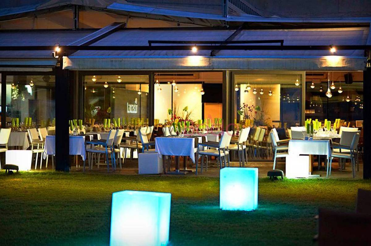 Lancaster Beach Club. Bodas Playa Mar Restaurantes Salones Barcelona. Salones 2