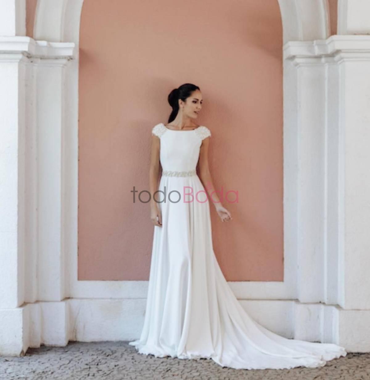d620a4ef20 Me Pido Este Vestido. Vestidos de Novia Madrid. Colecciones 3