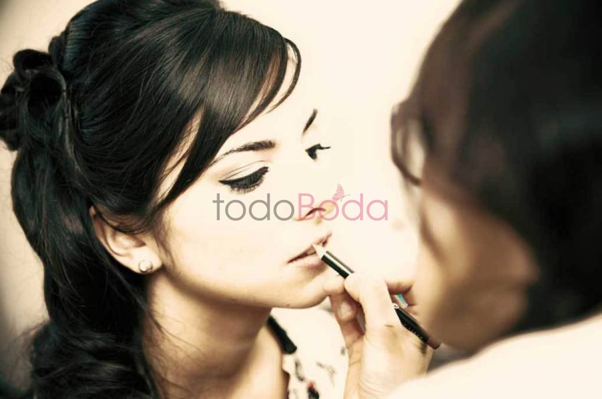Tu boda en Colored Beauty 0