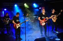 Versiones Pop-rock O Tributo The Beatles En Directo