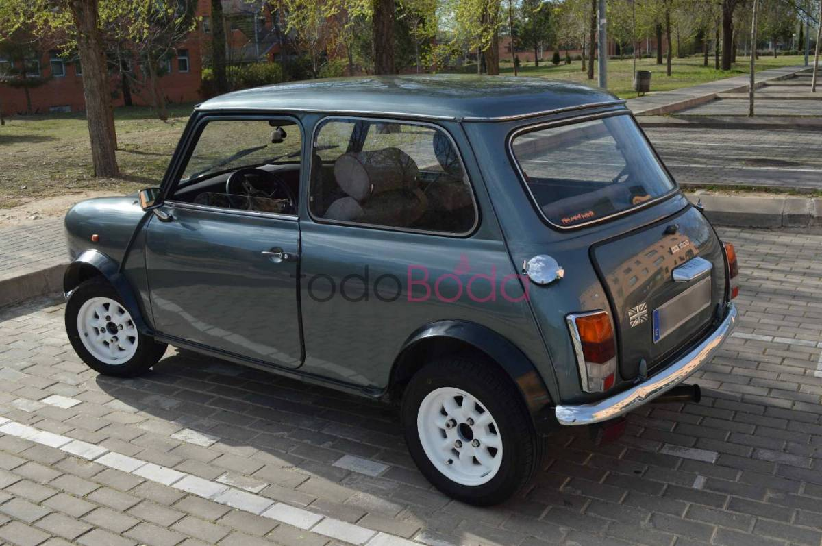 austin_mini_1000_coches_para_bodas_lateral1