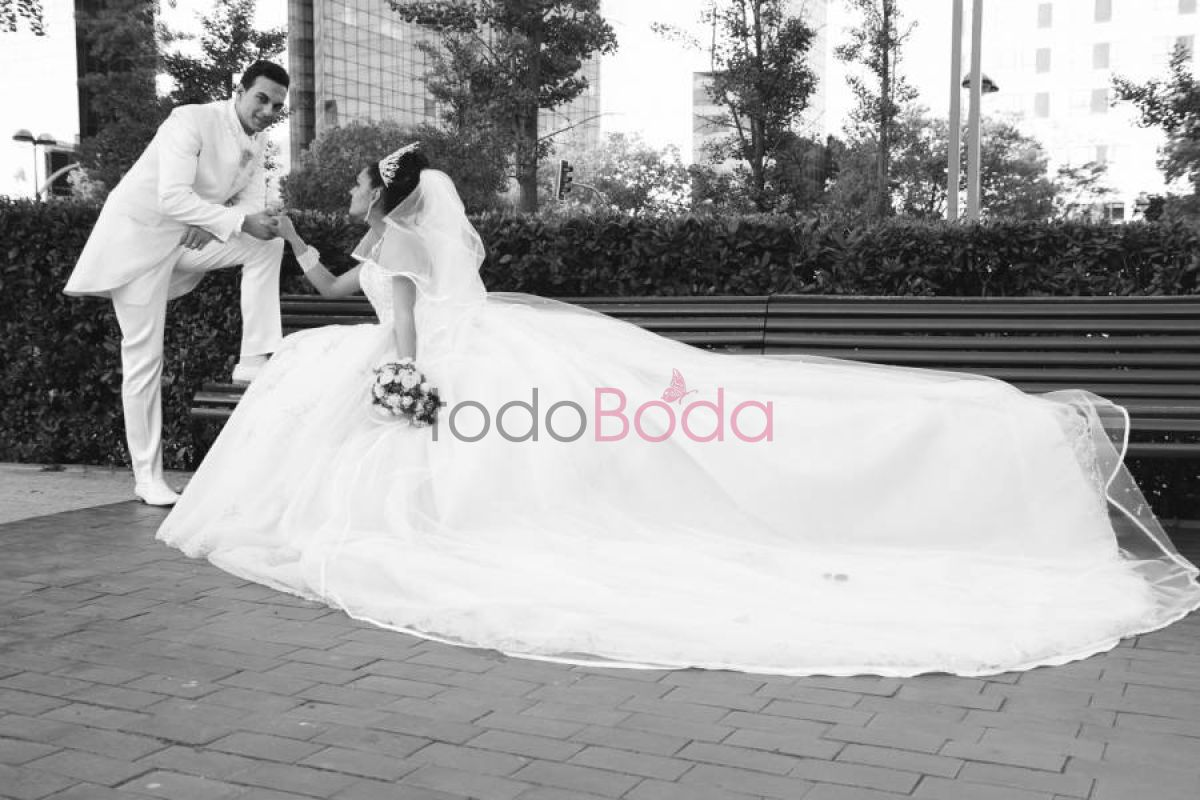 Tu boda en Air Media Group 5