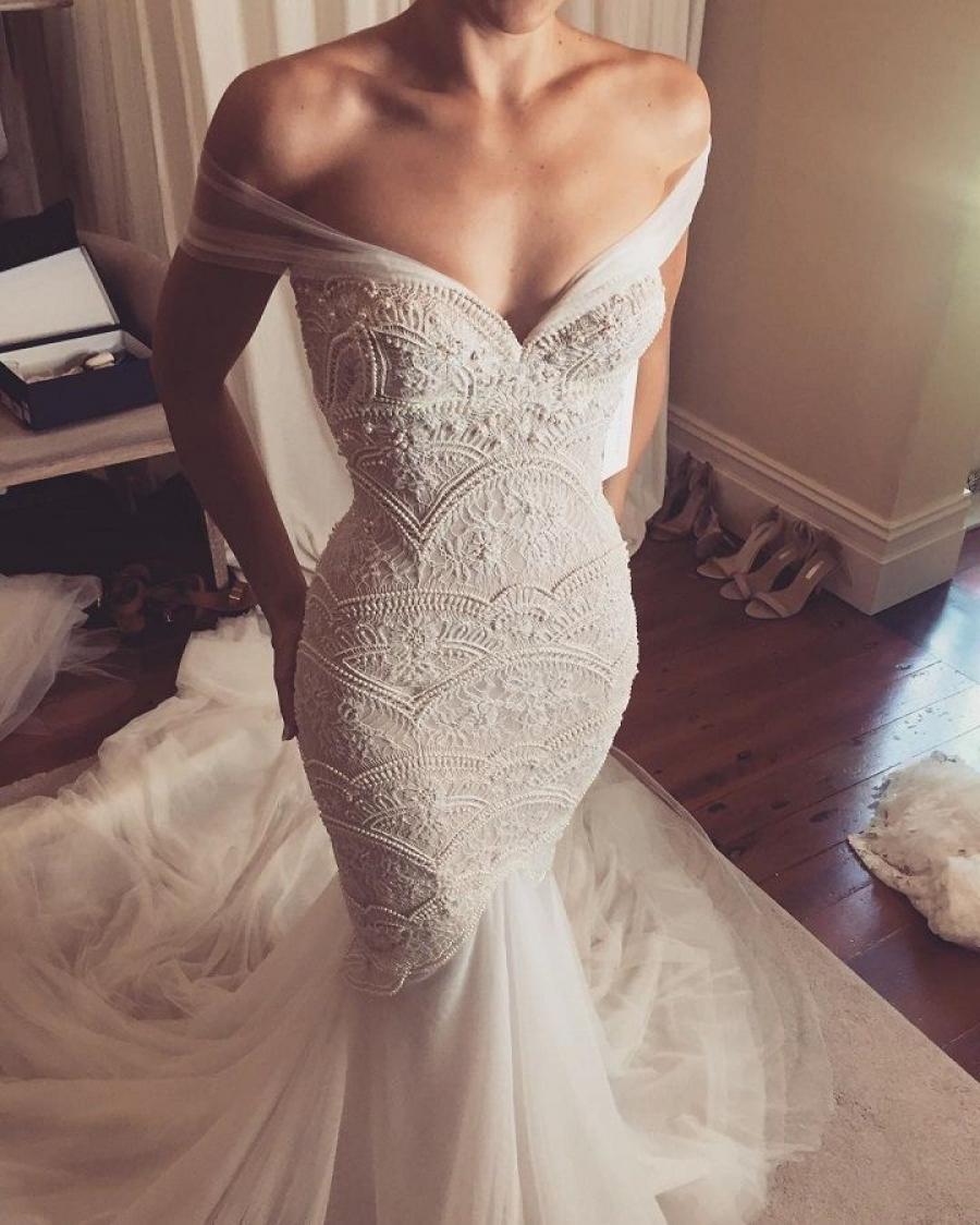 Vestidos de novia con mucho escote